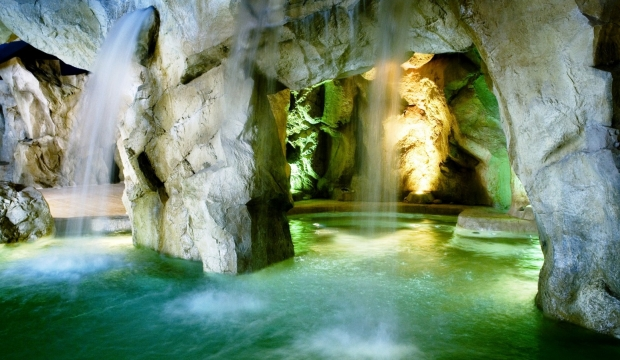 Cascate piscine riminirock - Cascate per piscine ...