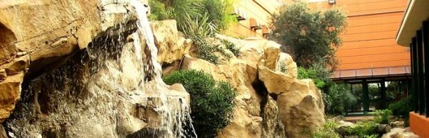 Cascate artificiali da giardino le costruiamo dal 1990 for Cascate laghetti da giardino